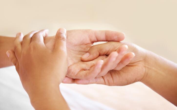 Как лечить народными средствами онемение рук