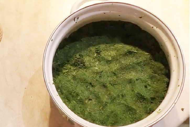 ферментация чая в кастрюле